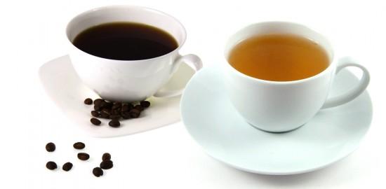 Il caffè, diffusosi a partire dal mondo islamico, è stato ciclicamente vittima di divieti. I luoghi in cui veniva consumato erano considerati luoghi di sedizione, la bibita peccaminosa. Il tè, con una storia ancora più lunga, non è mai incorso in divieti. :-)